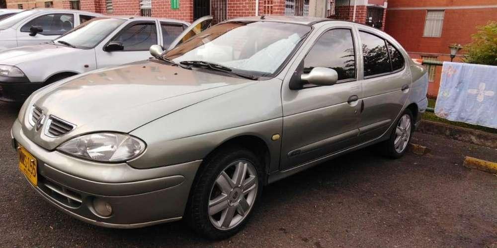 Renault Megane  2001 - 159394 km