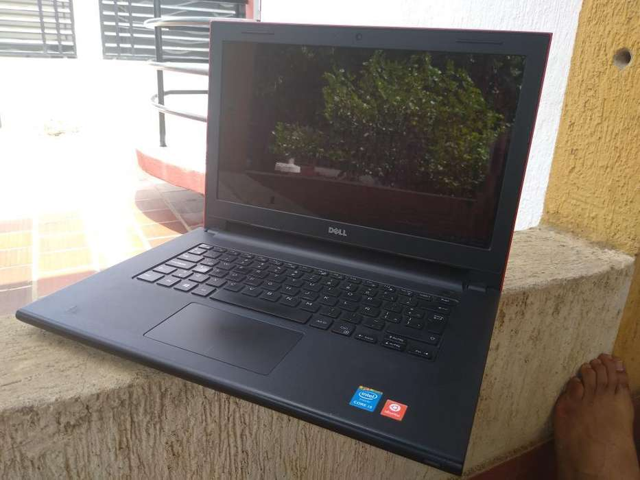 Laptop Portatil Dell Como Nuevo