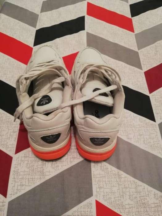 Adidas Falcon Talla 8 Americano