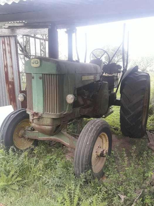 Vendo Tractor 1965 Marca Jhon Dhere