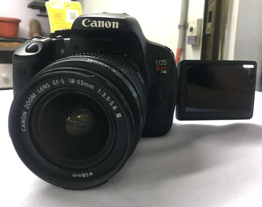 Cámara Canon T4I con Accesorios Garantia