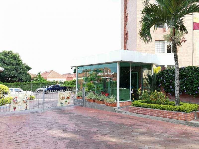 Apartamento En Arriendo En Ibague C.r Altavista Del Vergel Penthouse Piso 9 Cod. ABPAI11386