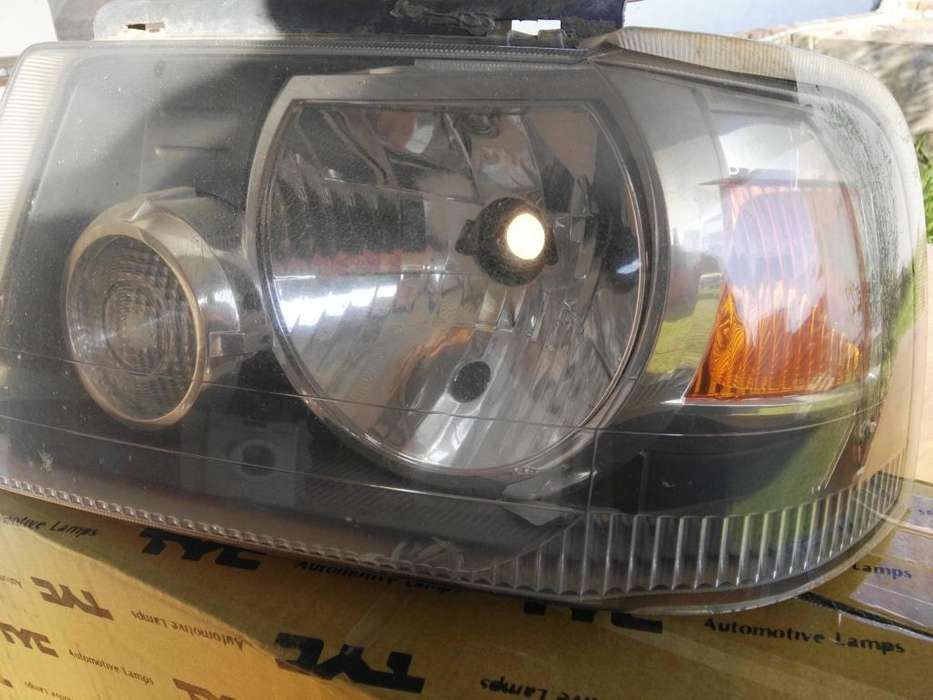 Vendo optica Ford Ranger delantera izq usada