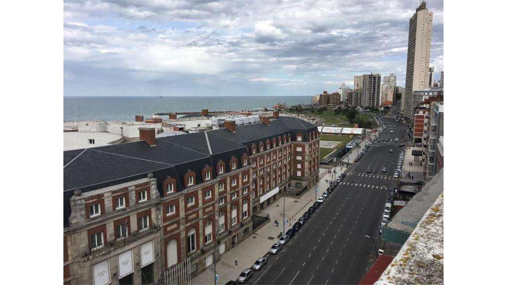 Boulevard Maritimo  2400 - UD 60.000 - Departamento en Venta