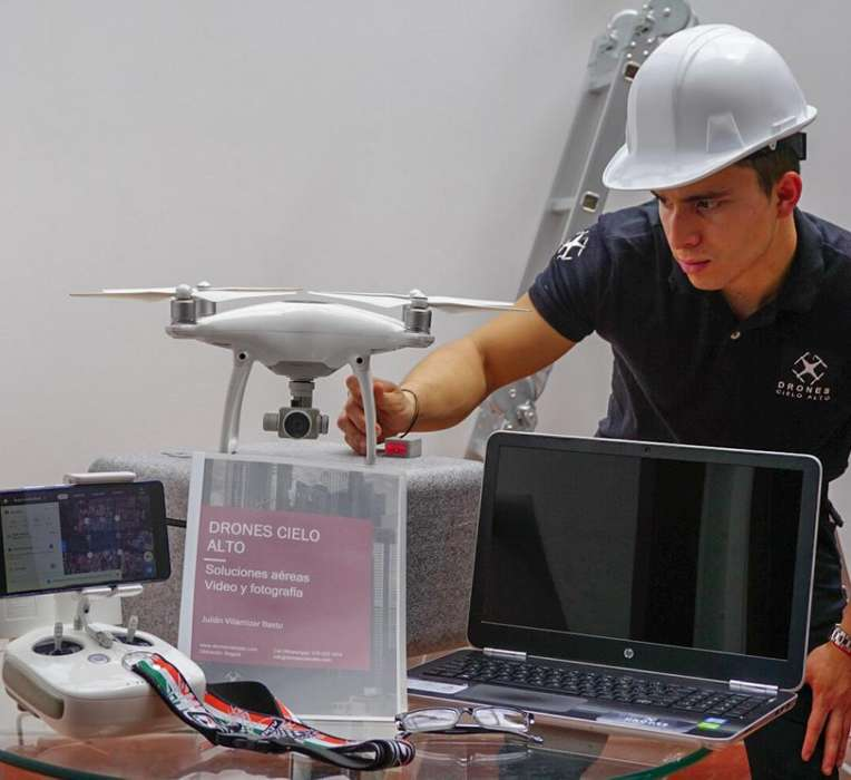 Servicio de alquiler renta de drones con camara drone dron