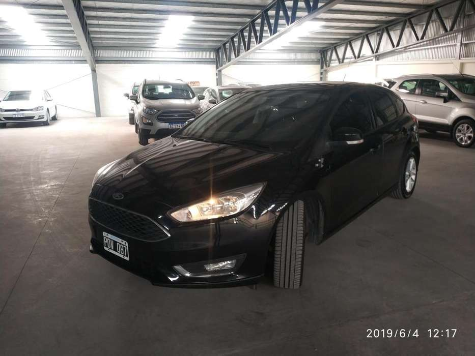 Ford Focus 2016 - 16700 km