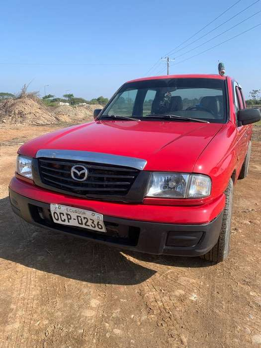 <strong>mazda</strong> B 2200 2005 - 0 km
