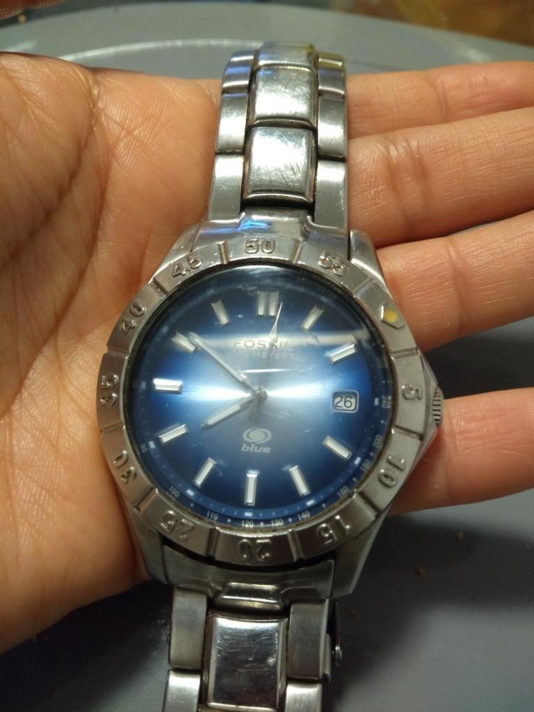 8158e6f7fd36 Reloj Fossil Blue Buen Estado - Lima