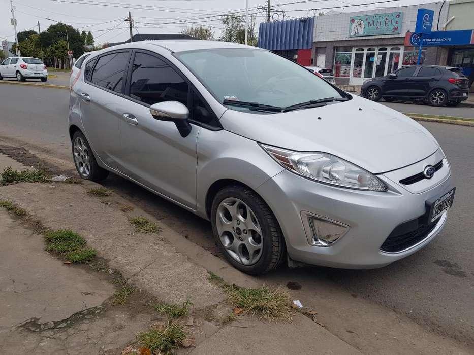 Ford Fiesta Kinetic 2011 - 90000 km