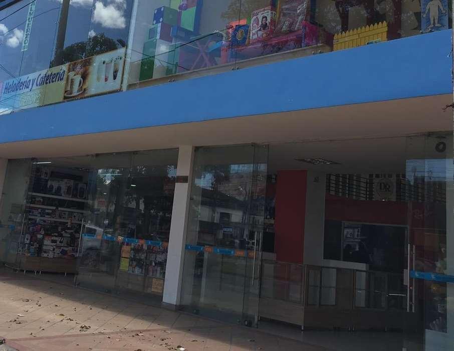 Se Arrienda Edificio Comercial 1.300Mts2