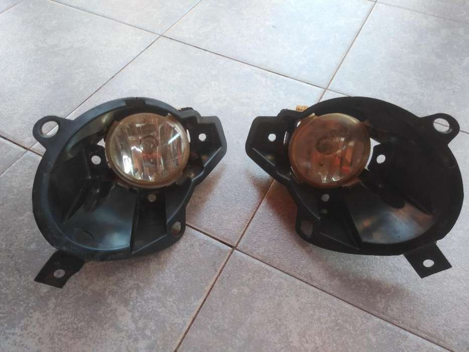 <strong>faros</strong> Antiniebla Peugeot 207