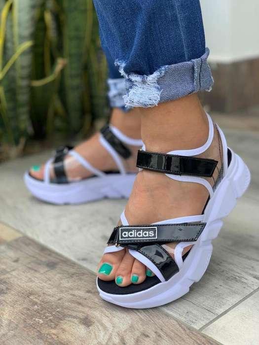 Sandalias Adidas de Dama Sport