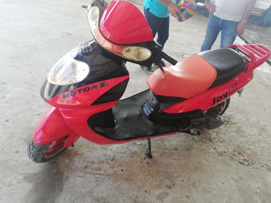 <strong>motoneta</strong> Motor Uno 2012