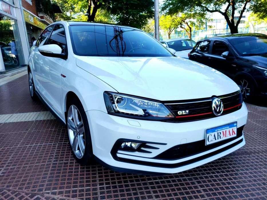 Volkswagen Vento 2017 - 46000 km