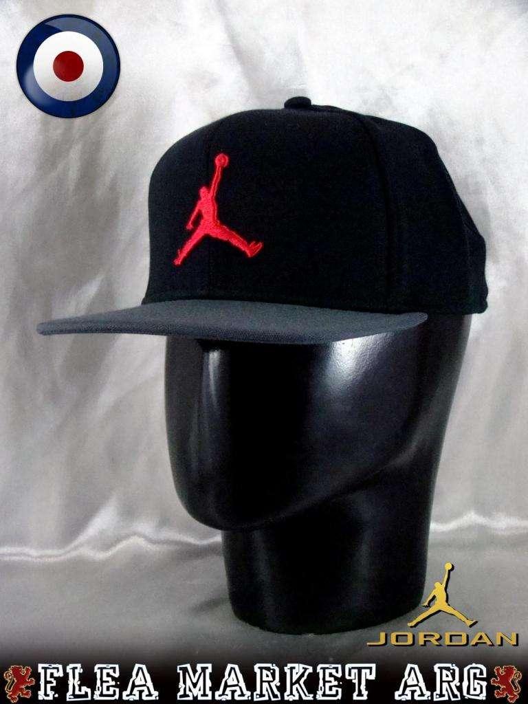 2ed040fa2af79 Gorras Importadas Nike Adidas New Era Jordan The North Face Under Armour