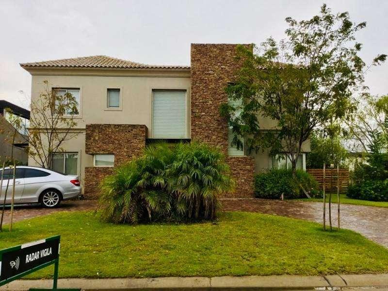 Alquiler Casa San Benito 3 dormitorios