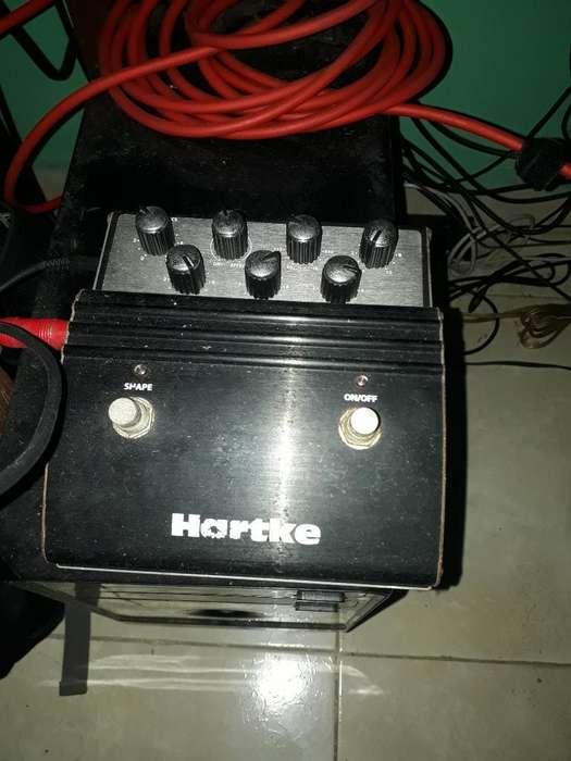 Pedal de bajo Hartke