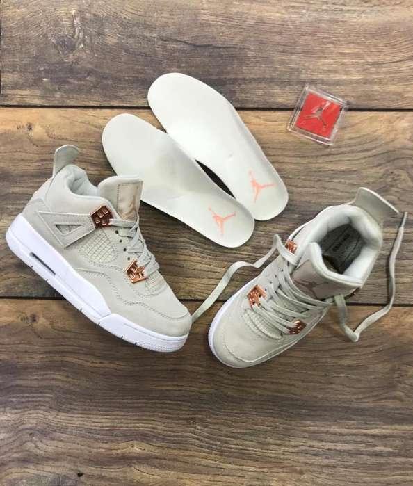 Zapatillas Jordan Retro 4 Importadas
