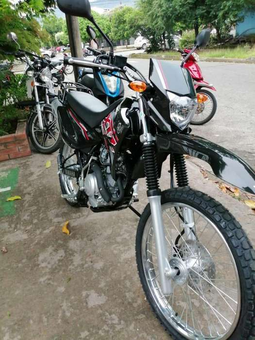 Vendo Motocicleta o negocio por vehiculo