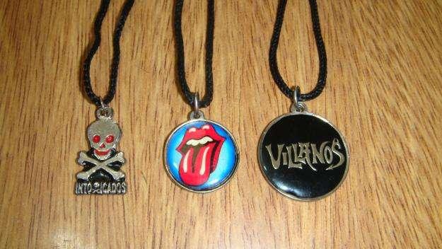 set collares bandas rock rolling stones intoxicados villanos