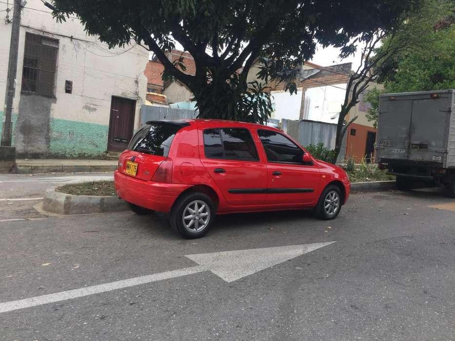 Renault Clio  2002 - 135050 km