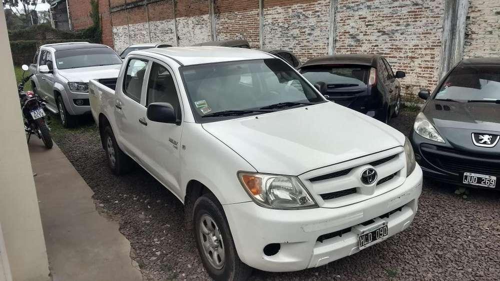 Toyota Hilux 2008 - 395000 km