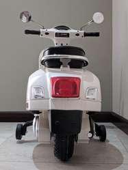 Moto de Batería Recargable de Larga Dura