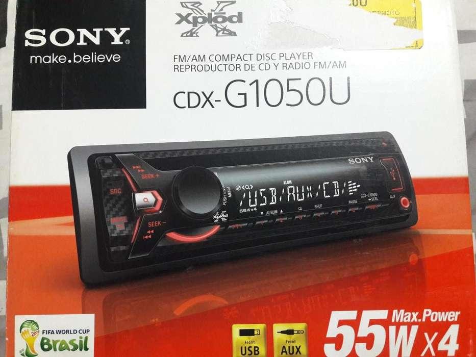 Radio para auto marca SONY