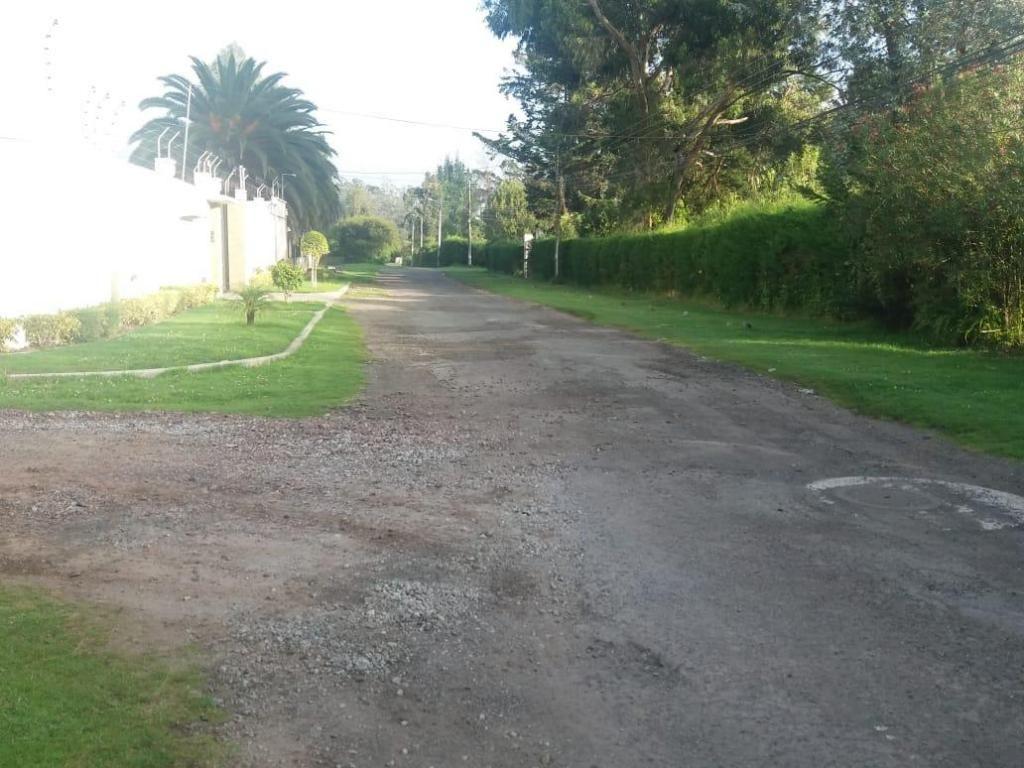 Hermoso terreno plano Via al Tingo , Los Chillos