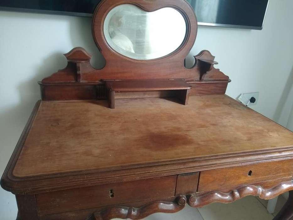 <strong>escritorio</strong> Antiguo de Estilo