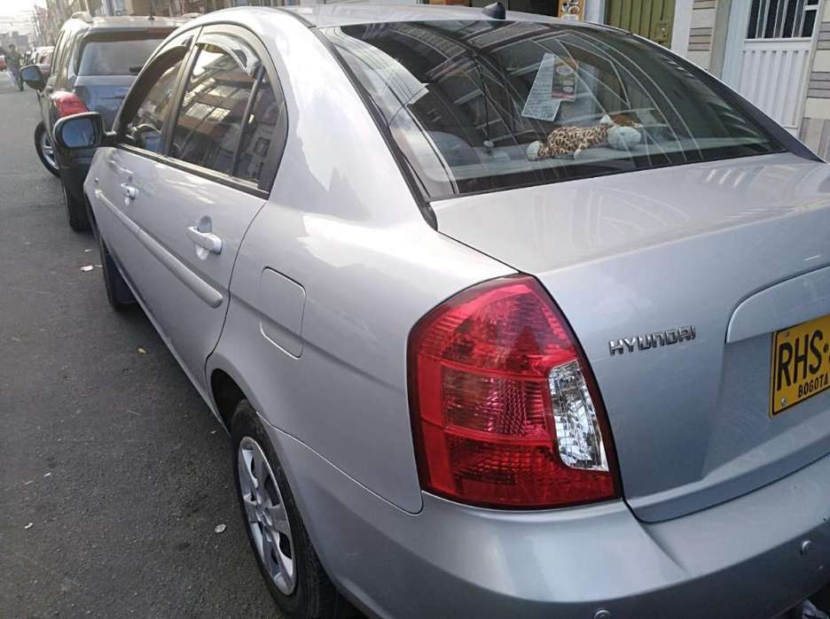 <strong>hyundai</strong> Accent 2011 - 70000 km