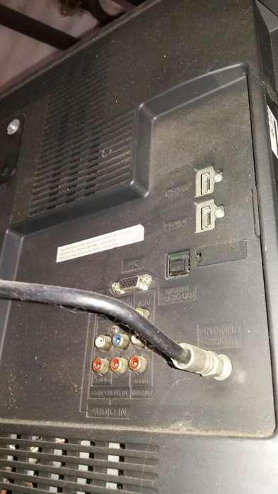 Vendo Tv Panasonic32''
