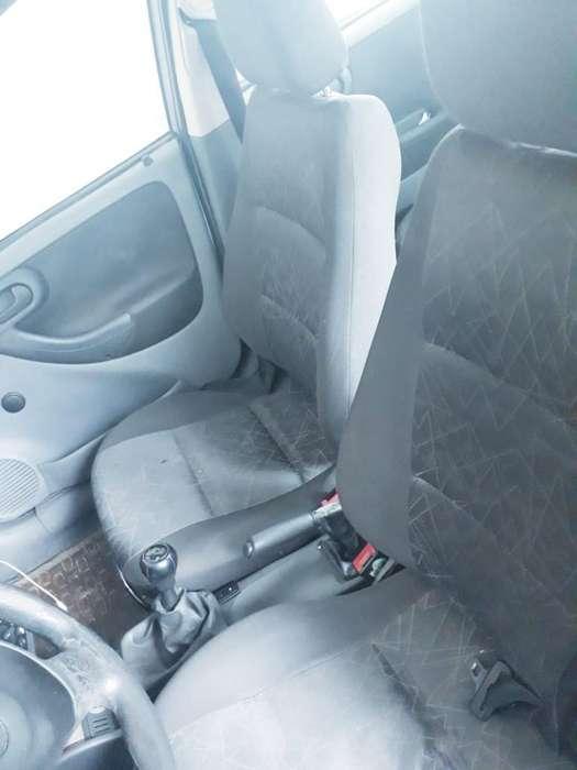 Chevrolet Corsa 4 Ptas. 2004 - 187577 km