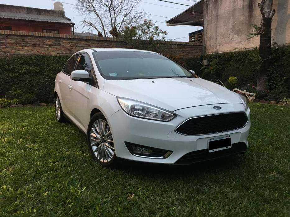 Ford Focus 2015 - 52800 km