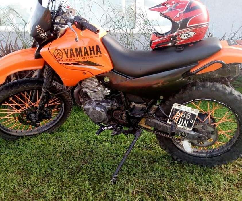 Vendo O Permuto <strong>yamaha</strong> Xt 225
