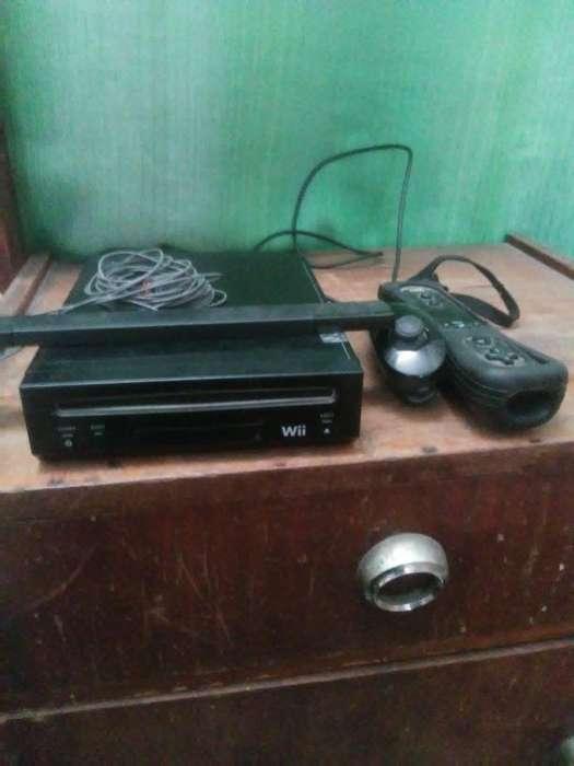 Vendo Consola Wii con Mando