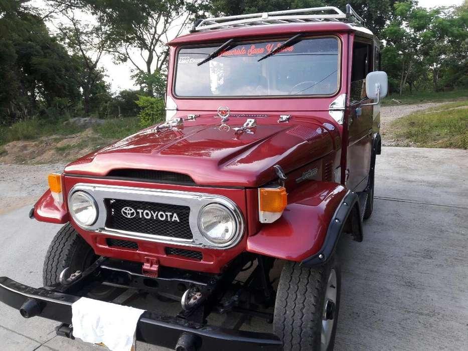 Toyota FJ 1972 - 100000 km