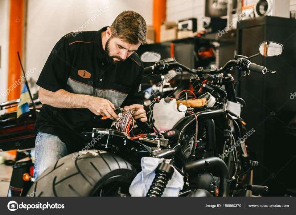 Necesito mecánico con alta experiencia en Motos, dinámico con buenas relaciones interpersonales