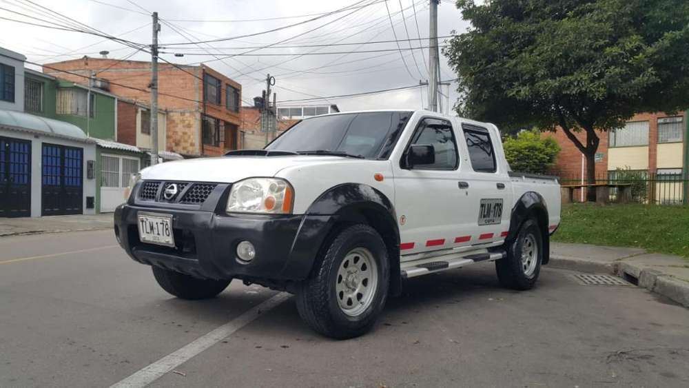 Nissan Frontier 2012 - 97124 km