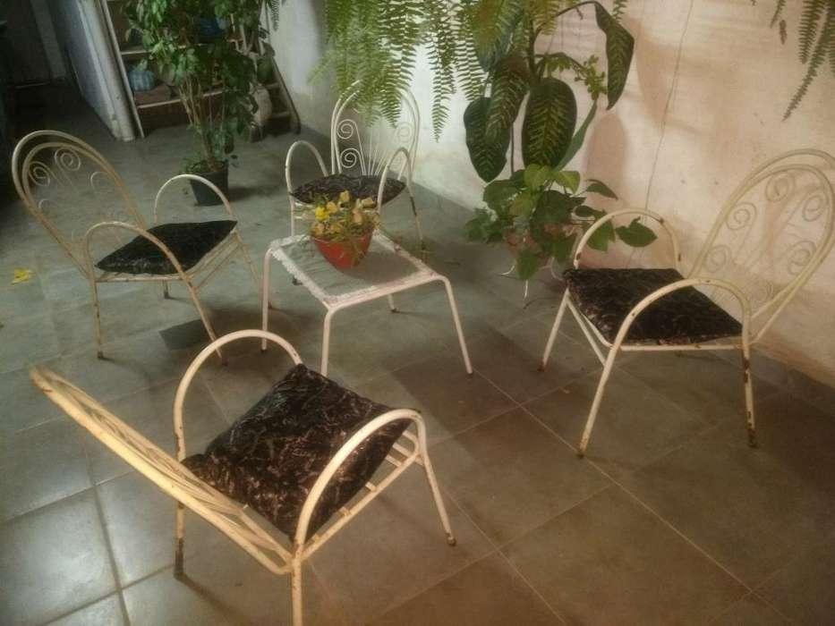 Juego Jardin Caños C Almohadones Y Mesa