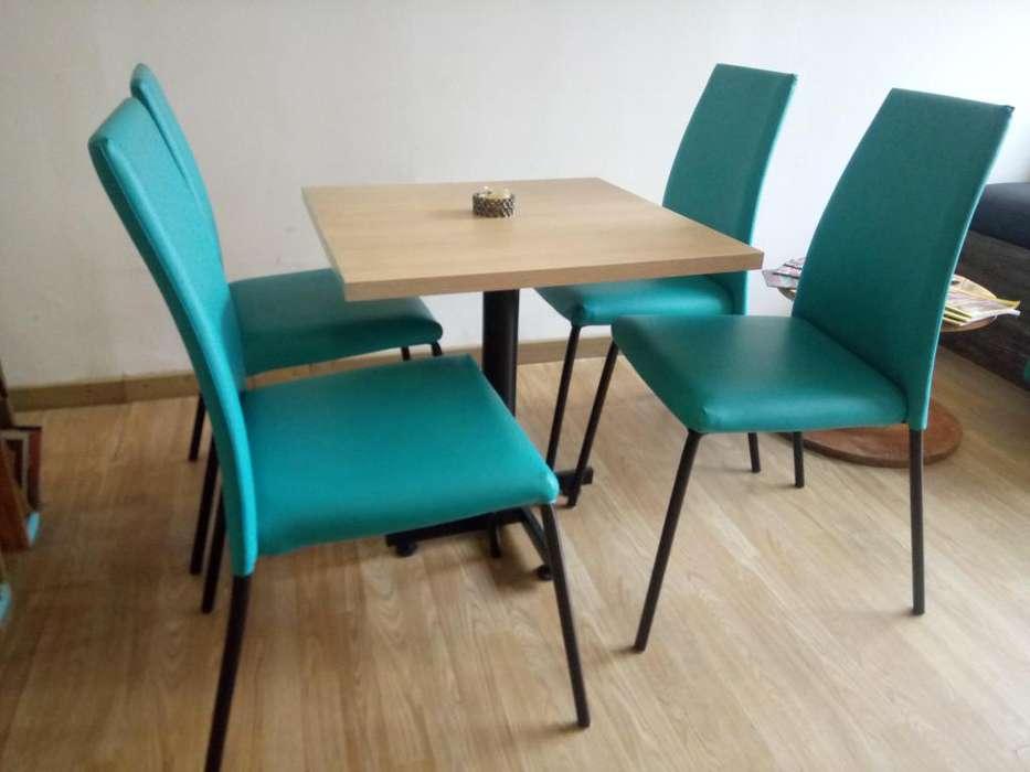 Se venden <strong>silla</strong>s para café y mesas