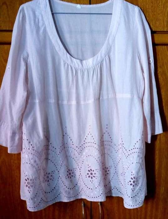 Blusa XL calada (PROMO, SI LLEVAS 3 ARTÍCULOS BAJAN AL 50%)