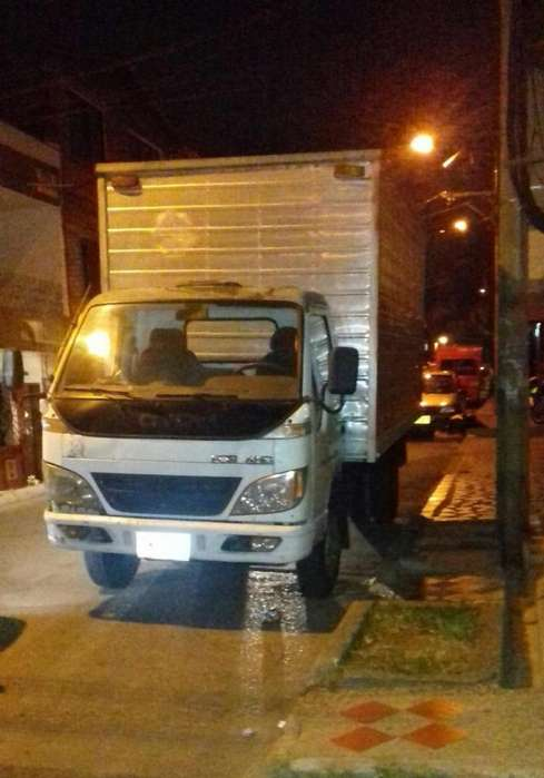Camion comersial varato en Bello