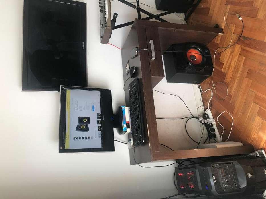 <strong>escritorio</strong> y estante de pino
