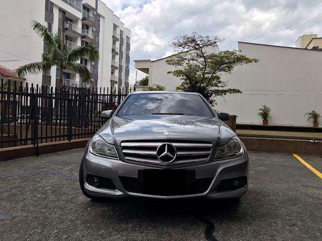 Mercedes-Benz Clase C 2012 - 71000 km