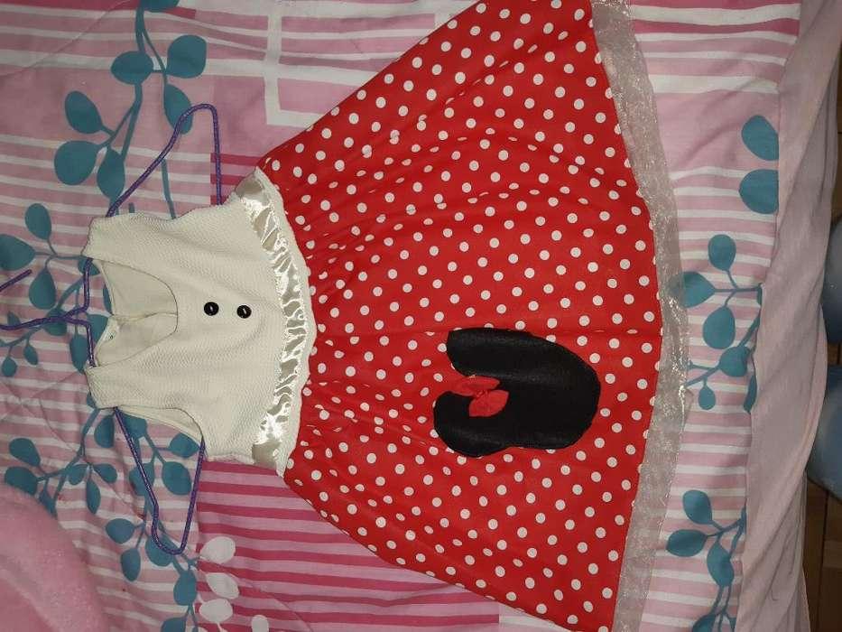 Dos Vestidos Nuevos para Nena