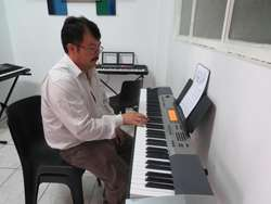 CURSOS PERMANENTES DE GUITARRA,PIANO,DIBUJO Y PINTURA EN QUITO