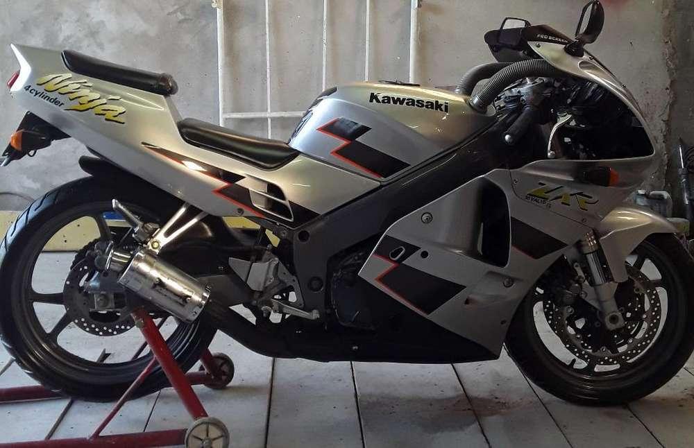<strong>kawasaki</strong> Zxr 250