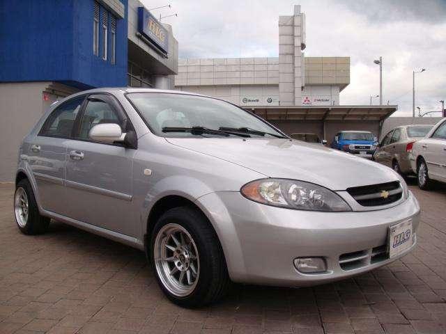 Chevrolet Optra 2006 - 200000 km