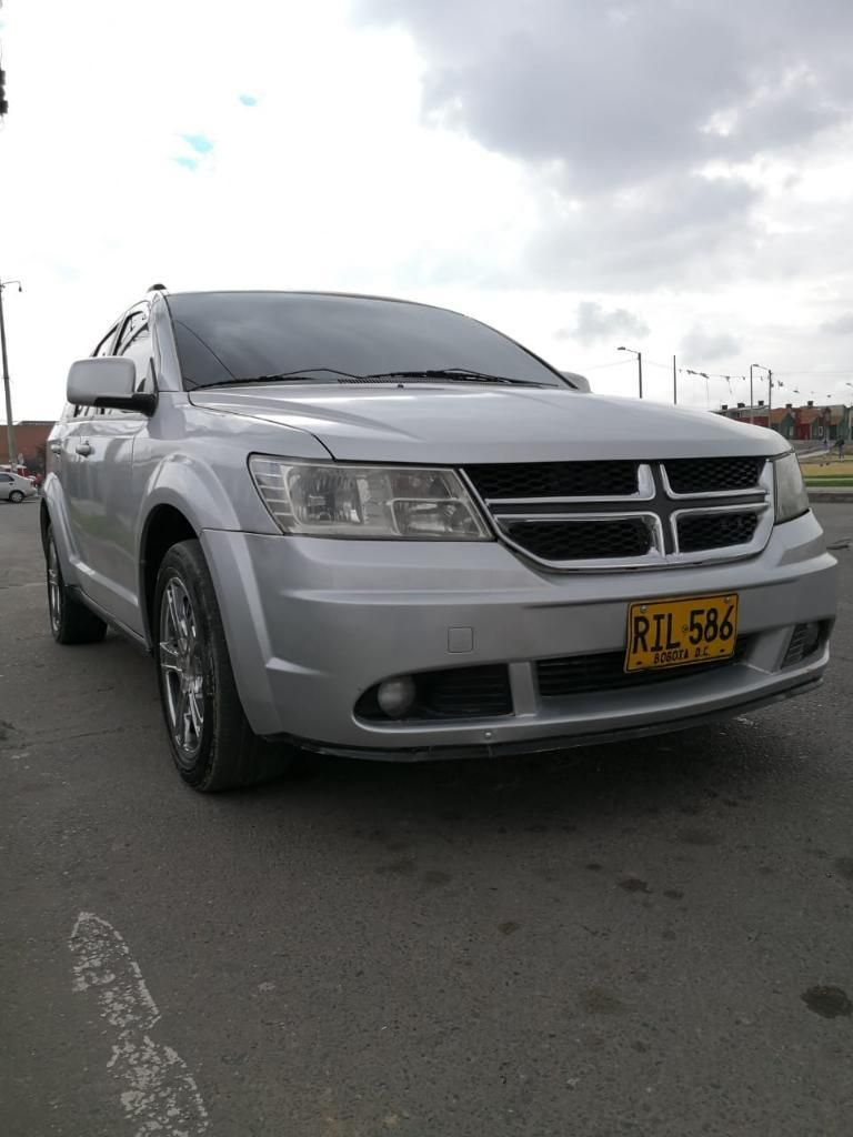 Vendo O Permuto Dodge Journey 2011 2.4